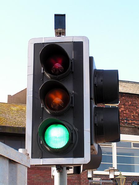 040929_rfoster_mp_ict_trafficlights_sensor