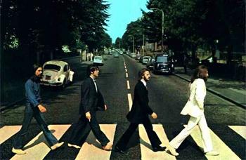 Beatles_abbey_road_40_ann