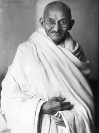 Gandhi_studio_1931